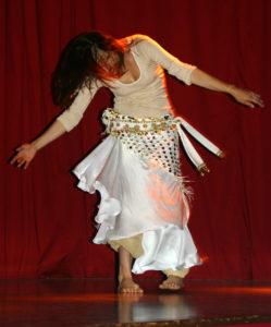 danseuse orientale, chorégraphe, soleils d'égypte, spectacle, polyèdre, seynod