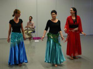 danse orientale, belly dance, voile, foulard, spectacle, annecy