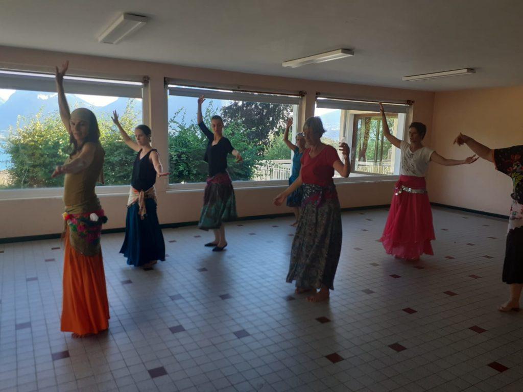 élèves, égypte, danse-thérapie, abdanse